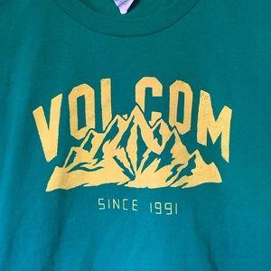 Volcom Girls L Mountain T Shirt